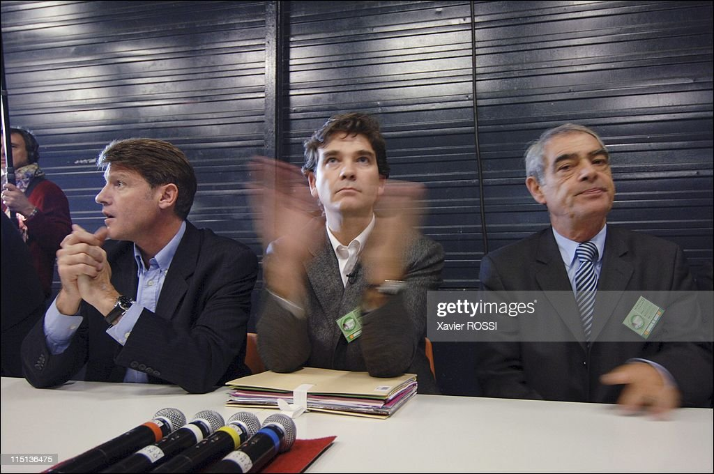 Congress of the Socialist Party in Le Mans, France on November 18, 2005 - <a gi-track='captionPersonalityLinkClicked' href=/galleries/search?phrase=Vincent+Peillon&family=editorial&specificpeople=2150233 ng-click='$event.stopPropagation()'>Vincent Peillon</a>, <a gi-track='captionPersonalityLinkClicked' href=/galleries/search?phrase=Arnaud+Montebourg&family=editorial&specificpeople=588268 ng-click='$event.stopPropagation()'>Arnaud Montebourg</a> and <a gi-track='captionPersonalityLinkClicked' href=/galleries/search?phrase=Henri+Emmanuelli&family=editorial&specificpeople=554955 ng-click='$event.stopPropagation()'>Henri Emmanuelli</a>.