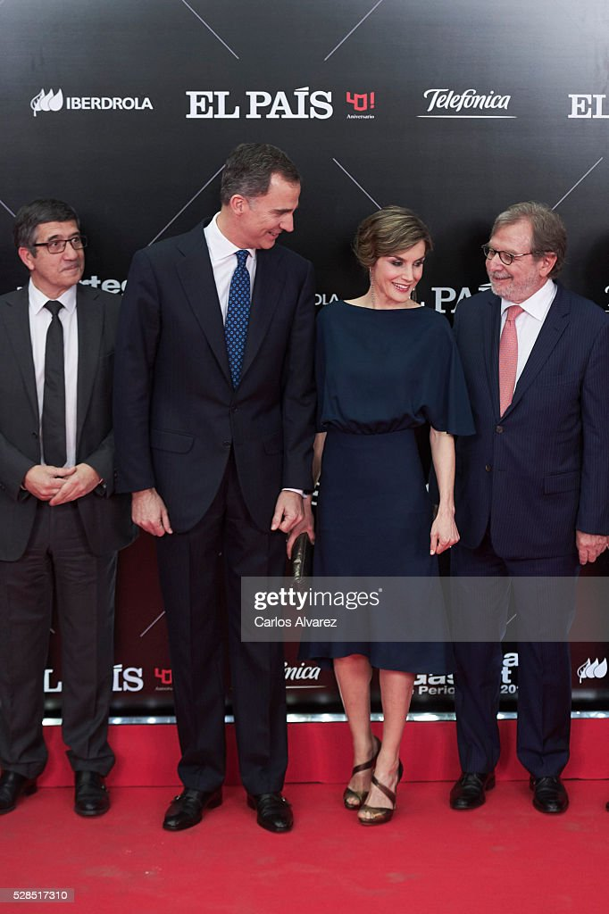 Congress President Patxi Lopez, King Felipe VI of Spain, Queen Letizia of Spain and President of PRISA group Juan Luis Cebrian attend 'Ortega Y Gasset' journalism awards 2016 at Palacio de Cibeles on May 05, 2016 in Madrid, Spain.