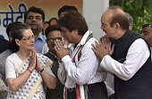 Congress president Sonia Gandhi and Vice president Rahul Gandhi with UP incharge Ghulam Nabi Azad UP party President Raj babbar before flag off a...