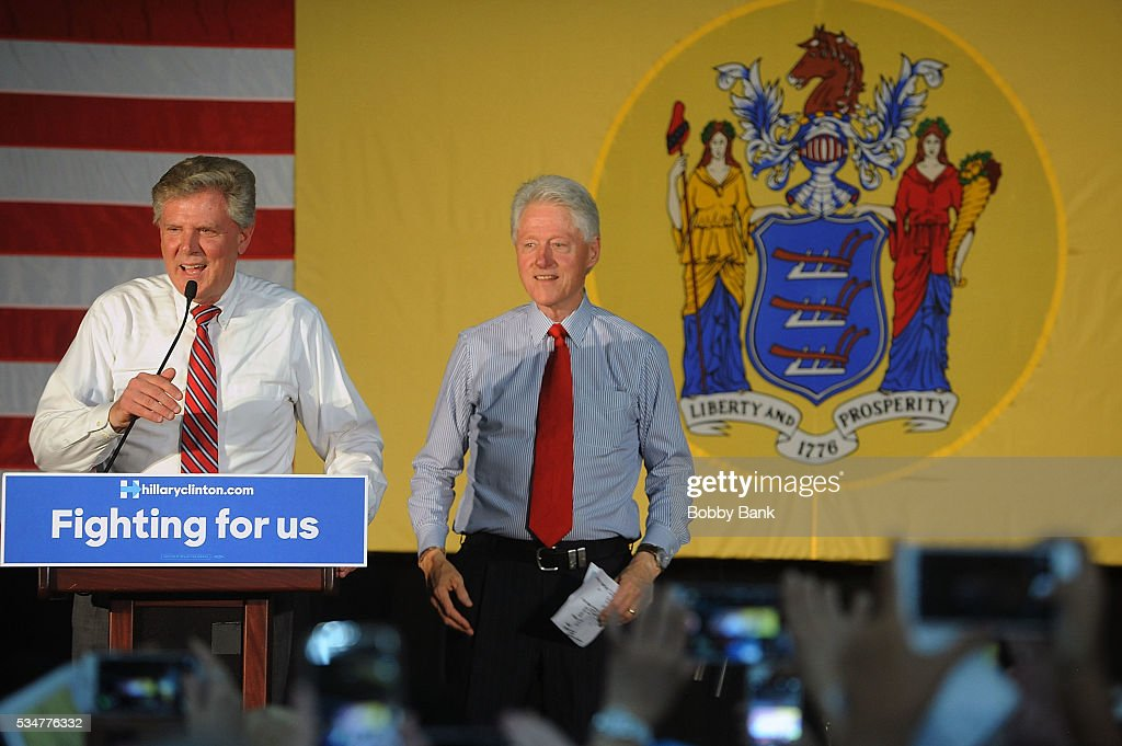 Congressman Frank Pallone, Jr and Former US president <a gi-track='captionPersonalityLinkClicked' href=/galleries/search?phrase=Bill+Clinton&family=editorial&specificpeople=67203 ng-click='$event.stopPropagation()'>Bill Clinton</a> rallies Hillary supporters at Edison High School on May 27, 2016 in Edison, New Jersey.