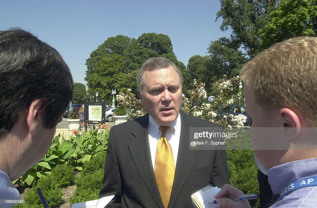 Congressman Thomas G. Tancredo (R-CO) answered questions after Congressman Bob Barr (R-GA) spoke in encouragement for the President to take action against the terrorists and the countrys harboring terrorists, so there is never again an attack on Americans.