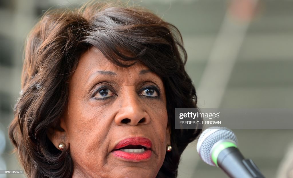Congresswoman Maxine Waters speaks in support of flight attendants and various employees for US airlines picketing at Los Angeles International Airport's departure level demanding that small knives be kept out of their cabins on April 1, 2013 in Los Angeles, California. The TSA recently announced plans to allow small pocket knives aboard planes, aiming to increase enforcement against larger potential weapons by not worrying about smaller implements. AFP PHOTO/Frederic J. BROWN