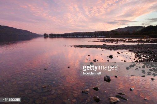 Coniston agua Sunset : Foto de stock