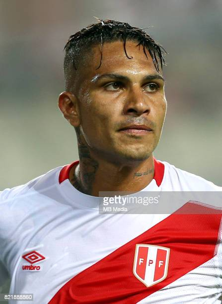 Conmebol World Cup Fifa Russia 2018 Qualifier / 'nPeru National Team Preview Set 'nJose Paolo Guerrero Gonzales