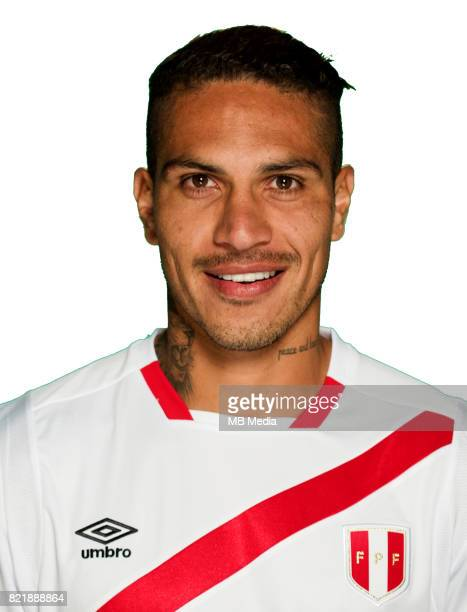 Conmebol World Cup Fifa Russia 2018 Qualifier / 'nPeru National Team Preview Set 'nJose Paolo Guerrero