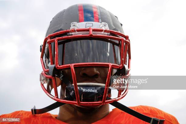 Connecticut Safety Obi Melifonwu of the North Team poses after the 2017 Resse's Senior Bowl at LaddPeebles Stadium on January 28 2017 in Mobile...
