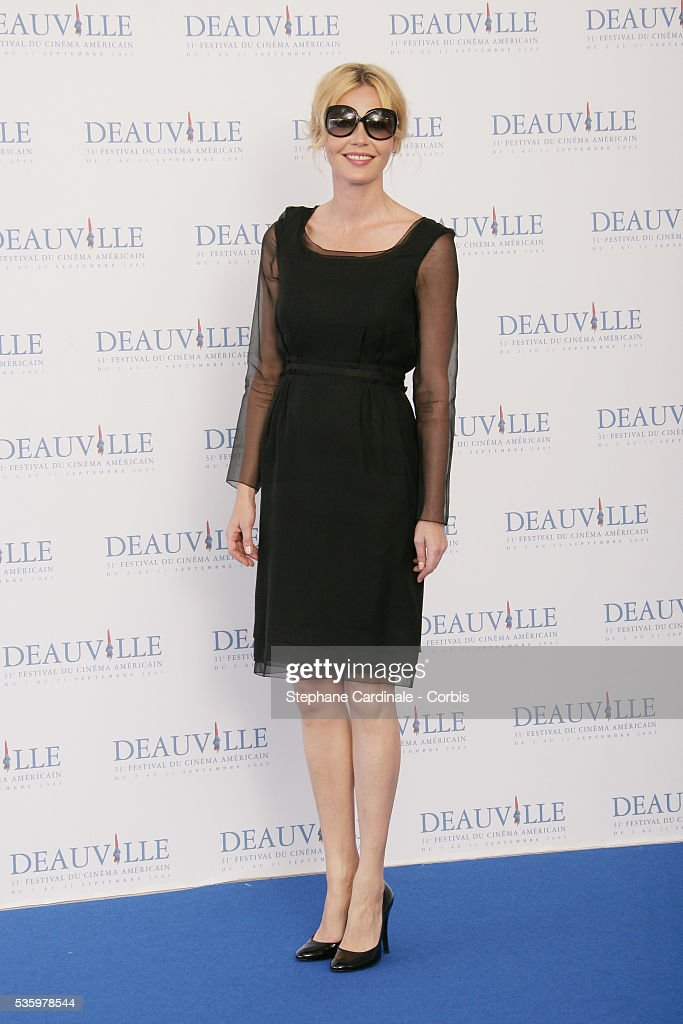 Connie Nielsen poses for 'The Ice Harvest' photocall during the 31st American Deauville Film Festival.