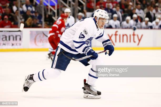 Connor Brown of the Toronto Maple Leafs skates against the Detroit Red Wings at Joe Louis Arena on January 25 2017 in Detroit Michigan Toronto won...