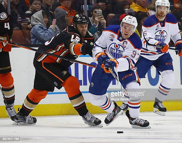 Connor McDavid of the Edmonton Oilers skates against the Anaheim Ducks at the Honda Center on January 25 2017 in Anaheim California The Oilers...