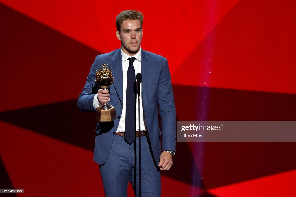 Connor McDavid of the Edmonton Oilers speaks after winning the Hart Memorial Trophy (Most Valuable Player to His Team) during the 2017 NHL Awards and Expansion Draft at T-Mobile Arena on June 21, 2017 in Las Vegas, Nevada.