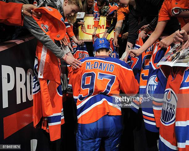 Connor McDavid of the Edmonton Oilers walks to the locker room prior to the game against the Vancouver Canucks on April 6 2016 at Rexall Place in...