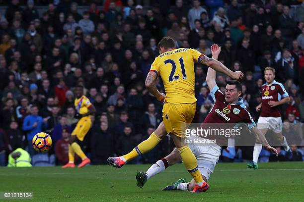 Connor Wickham of Crystal Palace scores his sides first goal during the Premier League match between Burnley and Crystal Palace at Turf Moor on...