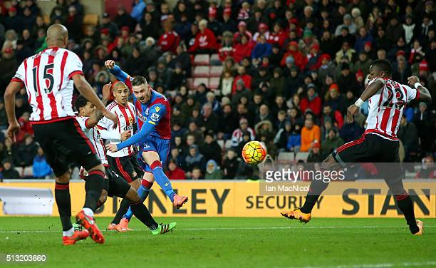 Connor Wickham of Crystal Palace scores his team's first goal during the Barclays Premier League match between Sunderland and Crystal Palace at...