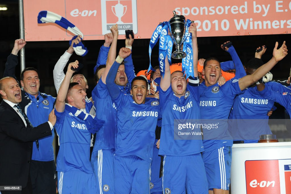 Conor Clifford of Chelsea youth lifts the Youth Cup after the FA Youth Cup Final 2nd leg match between Chelsea Youth and Aston Villa Youth at...