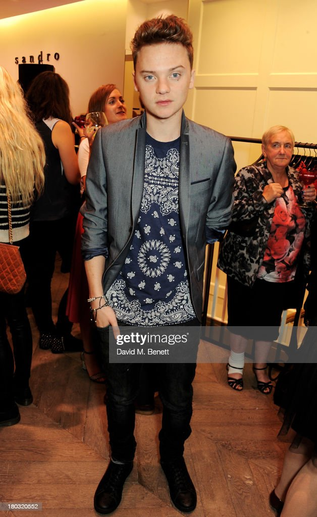 <a gi-track='captionPersonalityLinkClicked' href=/galleries/search?phrase=Conor+Maynard&family=editorial&specificpeople=8899313 ng-click='$event.stopPropagation()'>Conor Maynard</a> attends the Sandro London flagship store launch in Covent Garden on September 11, 2013 in London, England.
