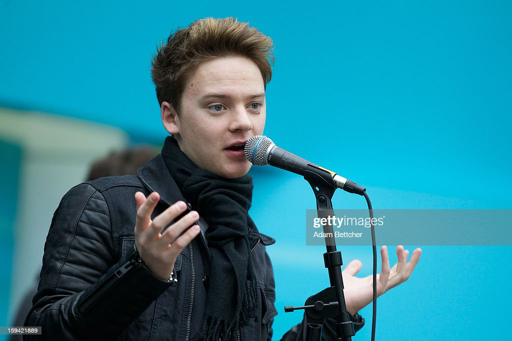 Conor Maynard performs at the Mall of America on January 13, 2013 in Bloomington, Minnesota.