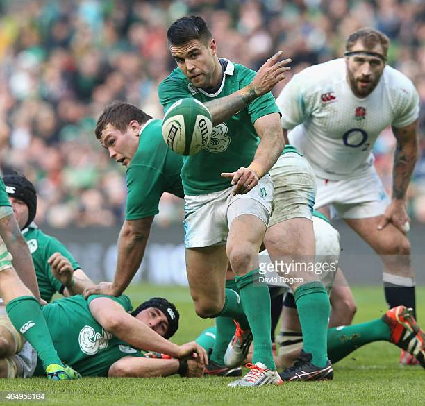 Conor Murray of Ireland passes the ball during the RBS Six Nations match between Ireland and England at the Aviva Stadium on March 1 2015 in Dublin...