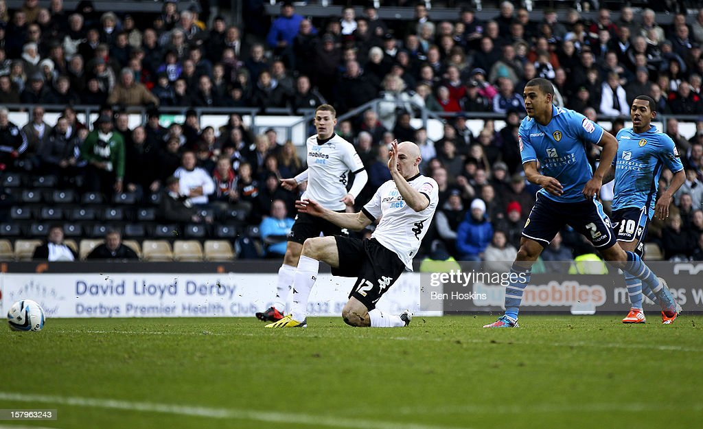 Conor Sammon of Derby scores the opening goal of the game during the npower Championship match between Derby County and Leeds United at Pride Park on December 8, 2012 in Derby, England.