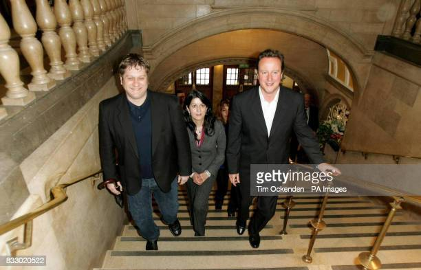 Conservative Party leader David Cameron enters Oxford Town Hall Oxford with local councillors Paul Sargent and Dr Tia McGregor