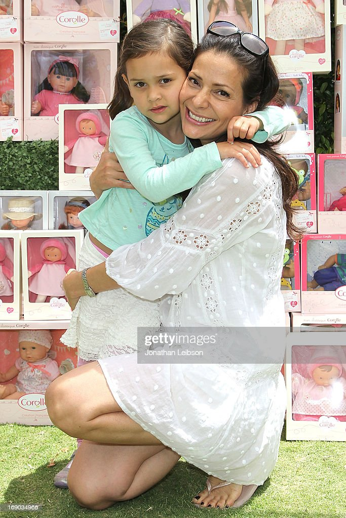 <a gi-track='captionPersonalityLinkClicked' href=/galleries/search?phrase=Constance+Marie&family=editorial&specificpeople=204646 ng-click='$event.stopPropagation()'>Constance Marie</a> (L) and Luna Marie attend the Corolle Adopt a Doll Event at The Grove on May 18, 2013 in Los Angeles, California.