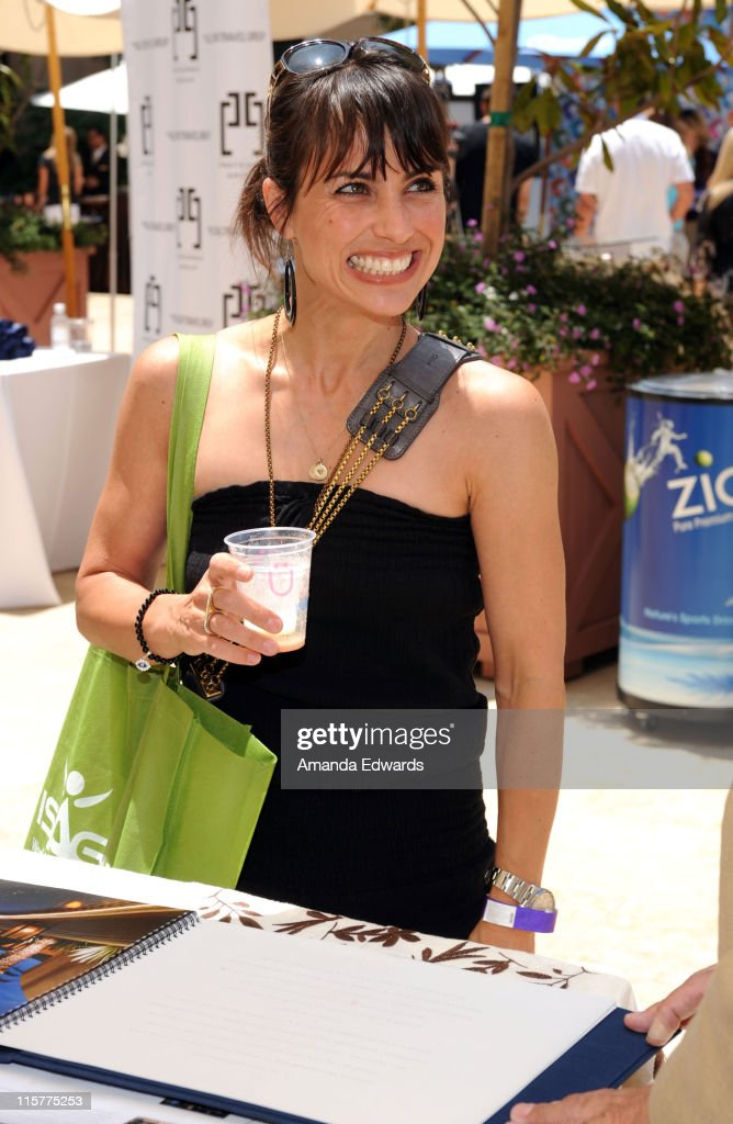 <a gi-track='captionPersonalityLinkClicked' href=/galleries/search?phrase=Constance+Zimmer&family=editorial&specificpeople=217359 ng-click='$event.stopPropagation()'>Constance Zimmer</a> attends the Kari Feinstein MTV Movie Awards Style Lounge held at Montage Beverly Hills on June 4, 2010 in Beverly Hills, California.