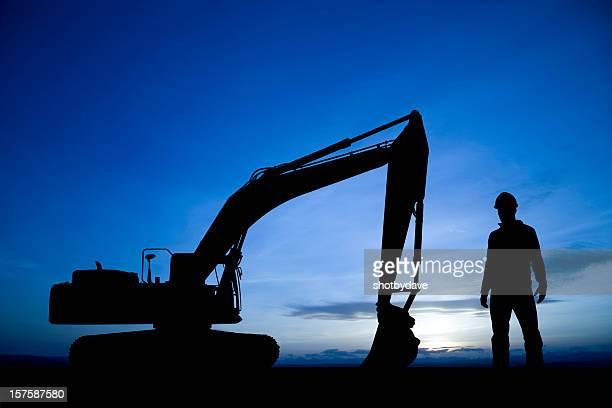 Bauarbeiten in der Dämmerung
