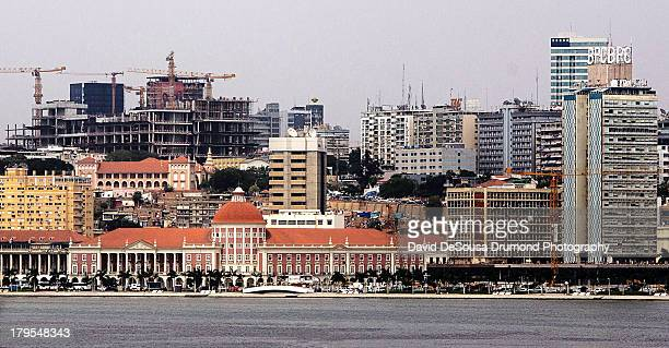 Construction Boom along the Luanda Bay