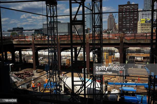 Hudson yards stock photos and pictures getty images for How far is hudson ny from nyc