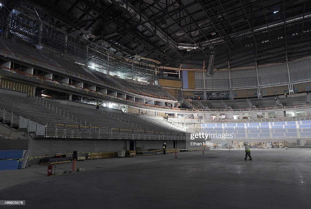 http://media.gettyimages.com/photos/construction-continues-on-the-las-vegas-arena-on-december-3-2015-in-picture-id499825578