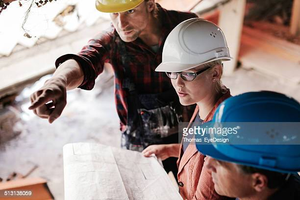 Construction Foreman and Archtects