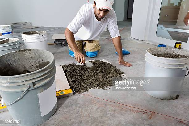 Construction: Laying a porcelain tile floor