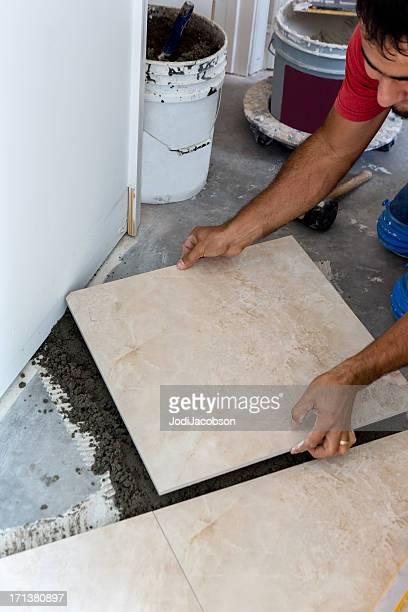 Construction: Laying a porcelain tile floor