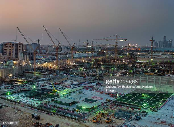 Construction of giant shopping mall in downtown Doha, Qatar