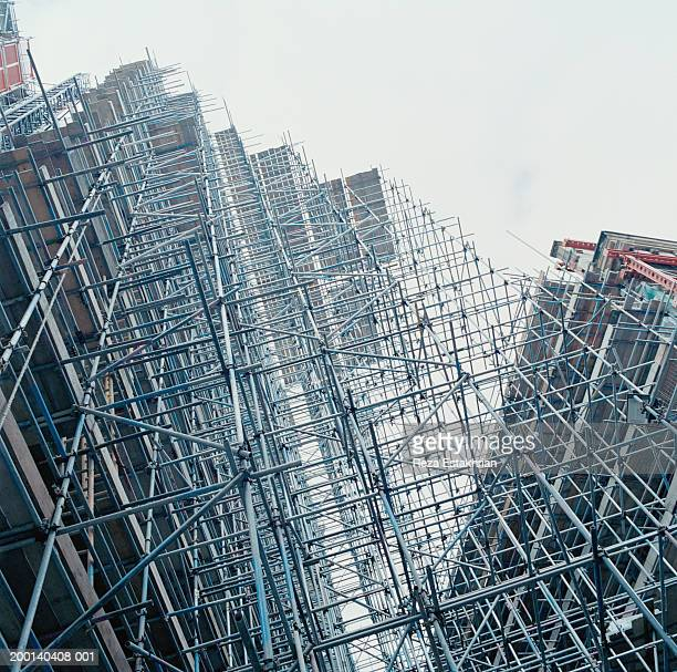 Construction scaffolding, low angle