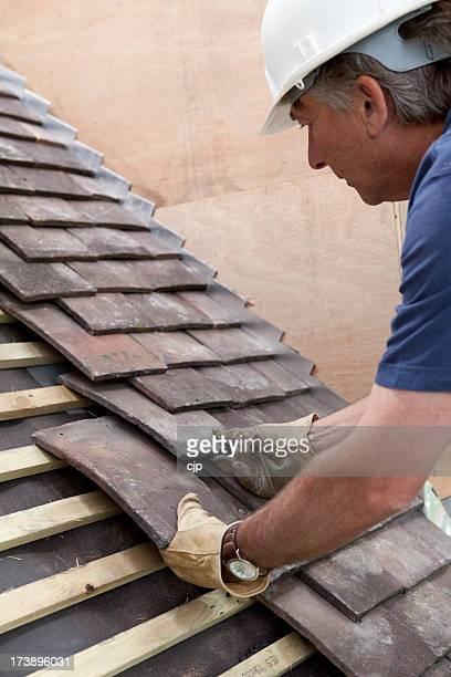 Baustelle Dachdecker Bauchlage Dach Fliesen