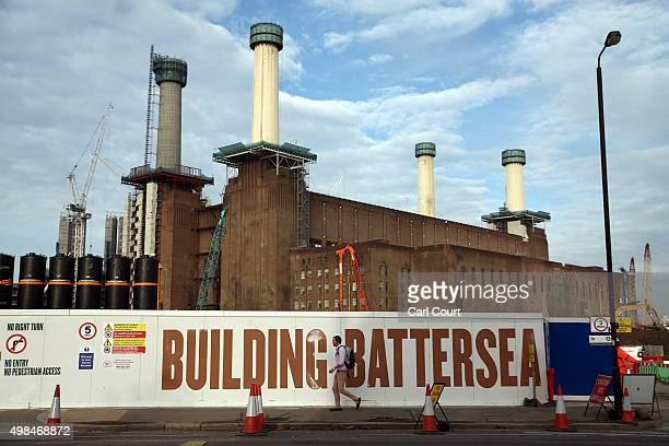 Construction work continues on Battersea Power Station on November 23 2015 in London England The power station built in two stages and finally...