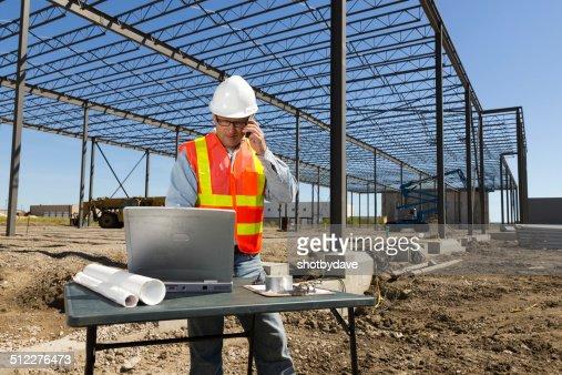Ouvrier du bâtiment et de la technologie