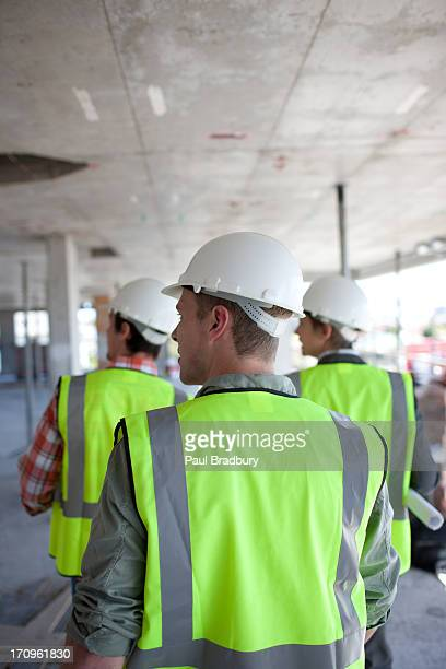 Bau Arbeiter auf Baustelle