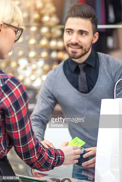 Contactless mobile pay at the shop