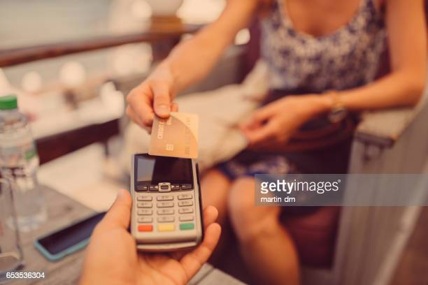 Contactless payment in cafe