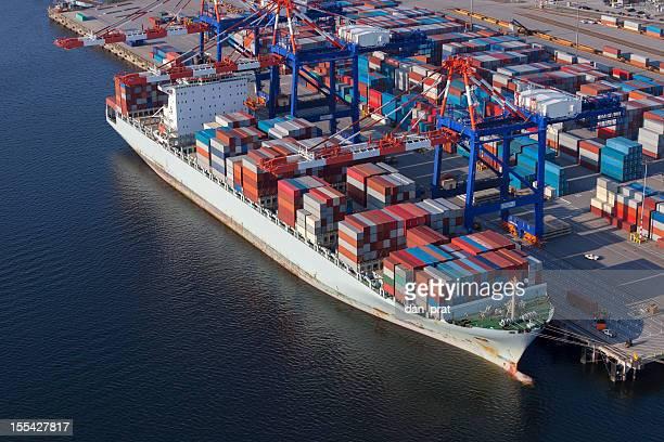 Navio Cargueiro no porto