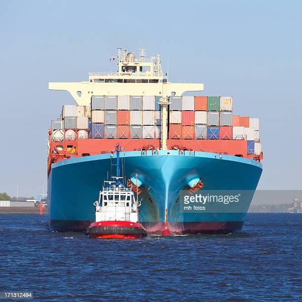 Frachtschiff in Hamburg