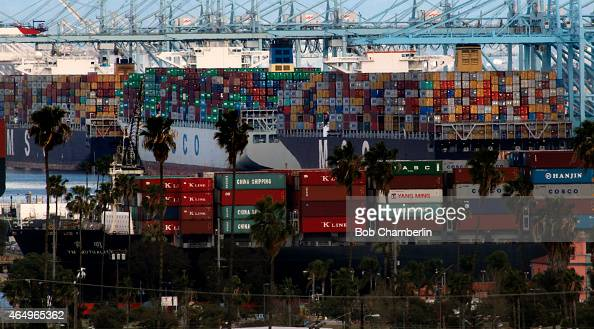 Container ships clog Pier 400 at the Port of Los Angeles on Terminal Island as crews work to end the backlog of waiting ships on MARCH 01 2015 in San...