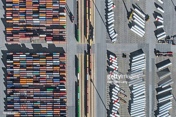 Containers, railway, wind turbine components