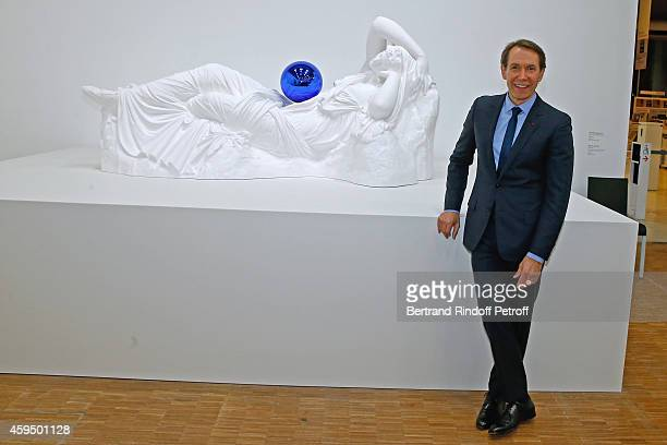 Contemporary artist Jeff Koons attends the 'Jeff Koons' Retrospective Exhibition Private Visit at Beaubourg on November 23 2014 in Paris France