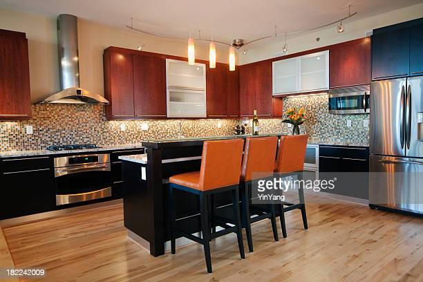 Contemporary kitchen with kitchen bar island