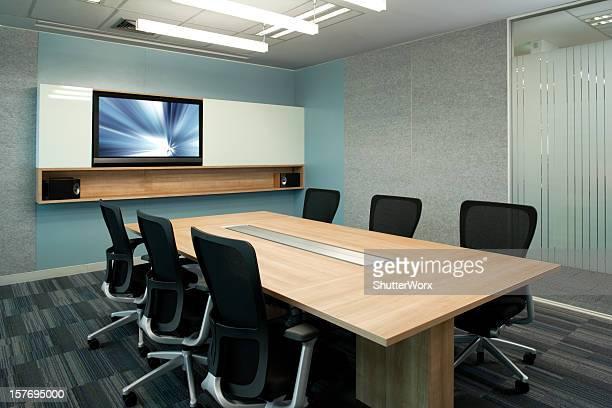 Intérieur moderne de bureau à la salle de conseil