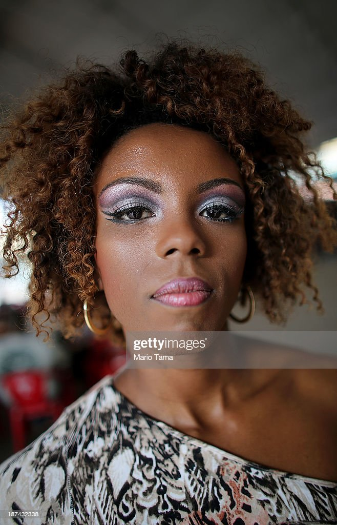 Contestant for Queen Flavia Lopes poses at the ceremony deciding Rio's 2014 Carnival Queen and King in the port district on November 8, 2013 in Rio de Janeiro, Brazil. Rio's Carnival runs February 28 through March 4, just three months before the start of the 2014 FIFA World Cup in June.