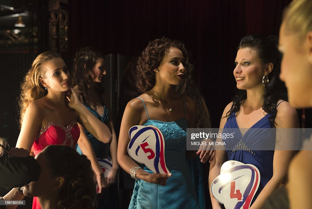 Contestants are pictured backstage on November 20, 2012 in the southern Paris suburb of Rungis during the 2012 Miss Ile-de-France (Greater Paris area) beauty contest.
