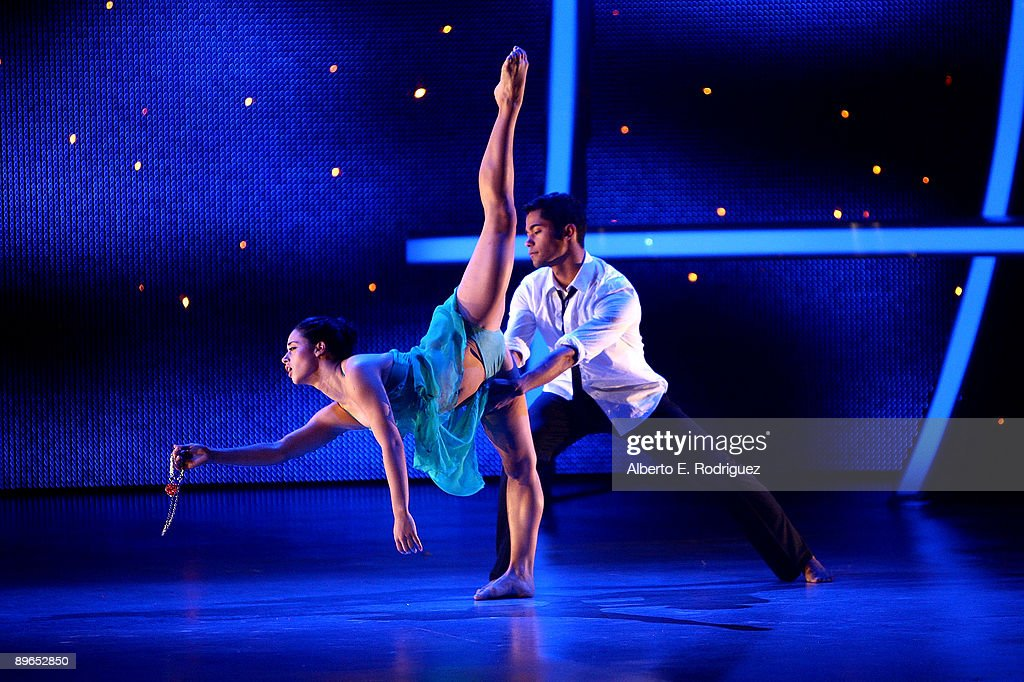 Contestants Jeanine Mason and Jason Glover perform at the 'So You Think You Can Dance' finale held at the Kodak Theater on August 6 2009 in Hollywood...
